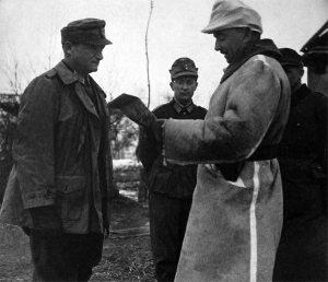 German Gebirgsjäger commander Karl Wintergerst inspects dispositions in the Ukraine, November 1941