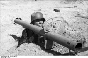 Raketenpanzerbüchse 54 in use by a cabbage eater